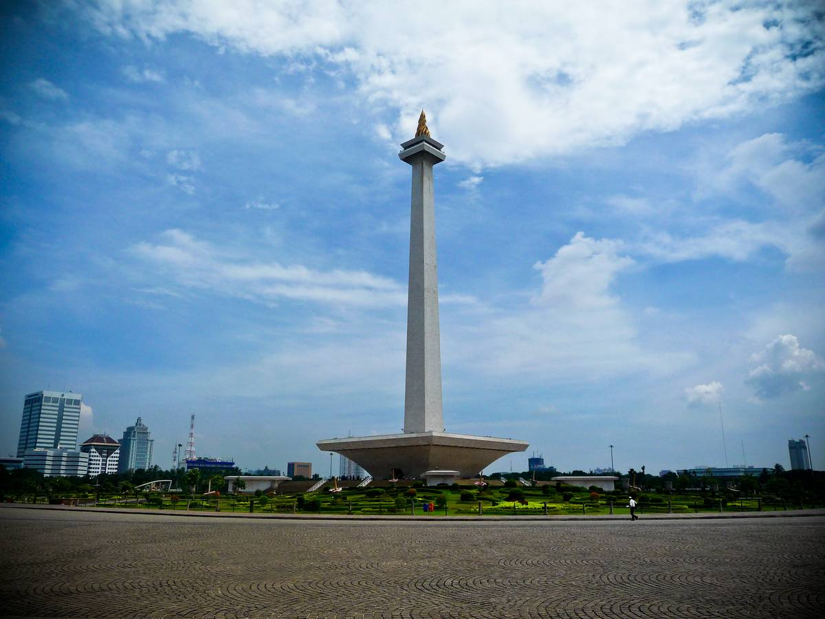 Монас - Национальный Монумент. Джакарта.