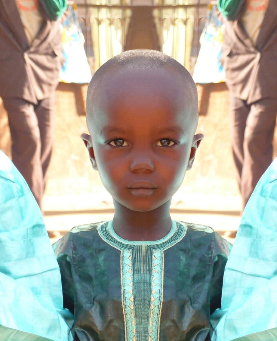 М.В. Фото малийского мальчугана...